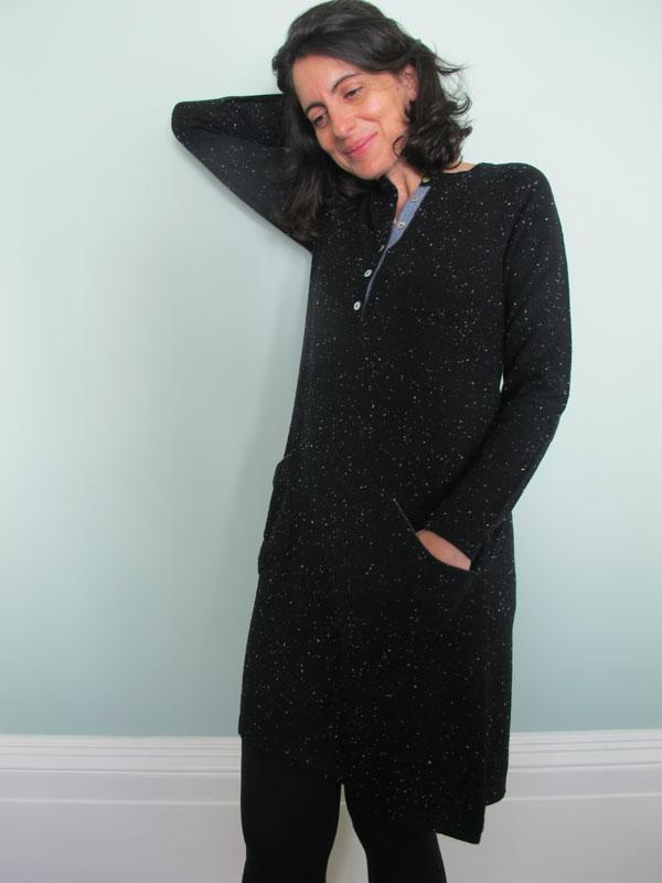 dcf11e754596 Henley Cashmere Dress in Black Fleck – Muir & Osborne
